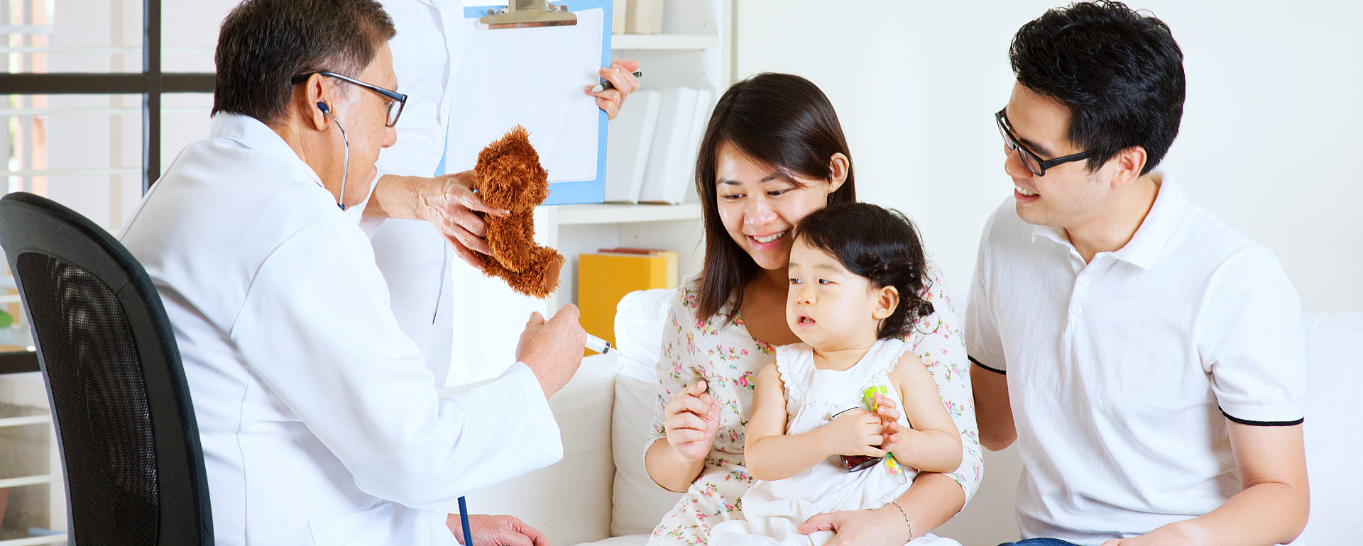a family consulting to family doctor
